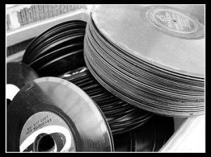 vinyl-stack-webbed